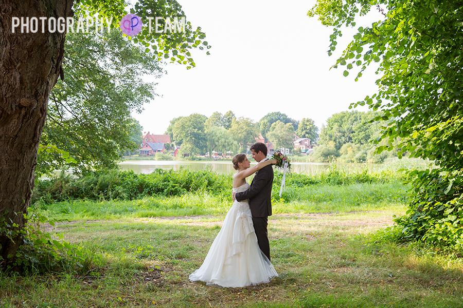 Hochzeitsreportage in Kiel, Felder Seegarten
